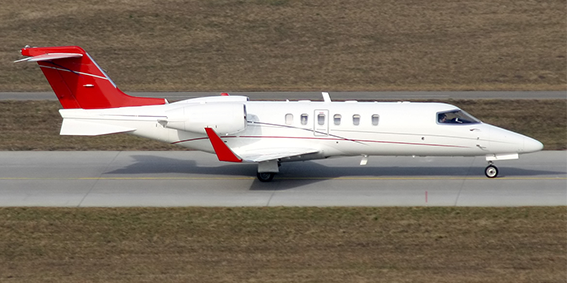 Learjet 40 / XR